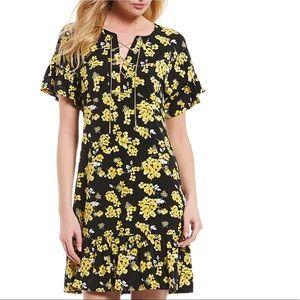 MICHAEL Michael Kors Chain Lace-Up Floral Dress 🌼